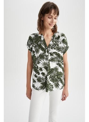 DeFacto Tropik Desenli Hakim Yaka Kısa Kollu Bluz Yeşil